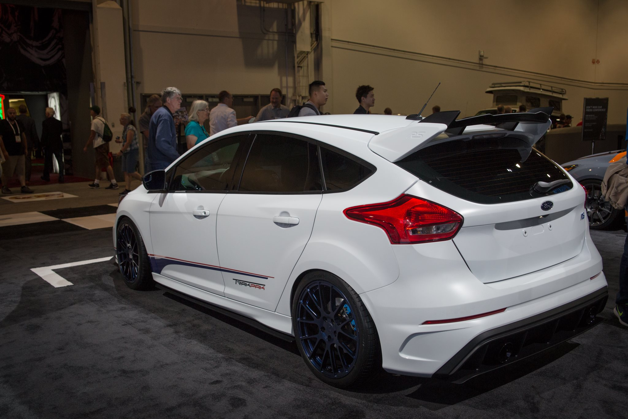 roush-performance-ford-focus-rs-6