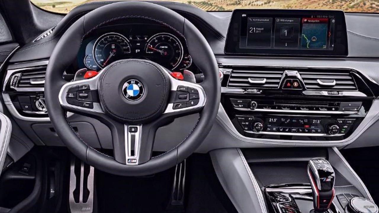 Hochwertige Materialien Treffen Auf Ein Sportliches Design Und Viele Kleiner Highlights Die Den BMW M5 Auch Im Interieur