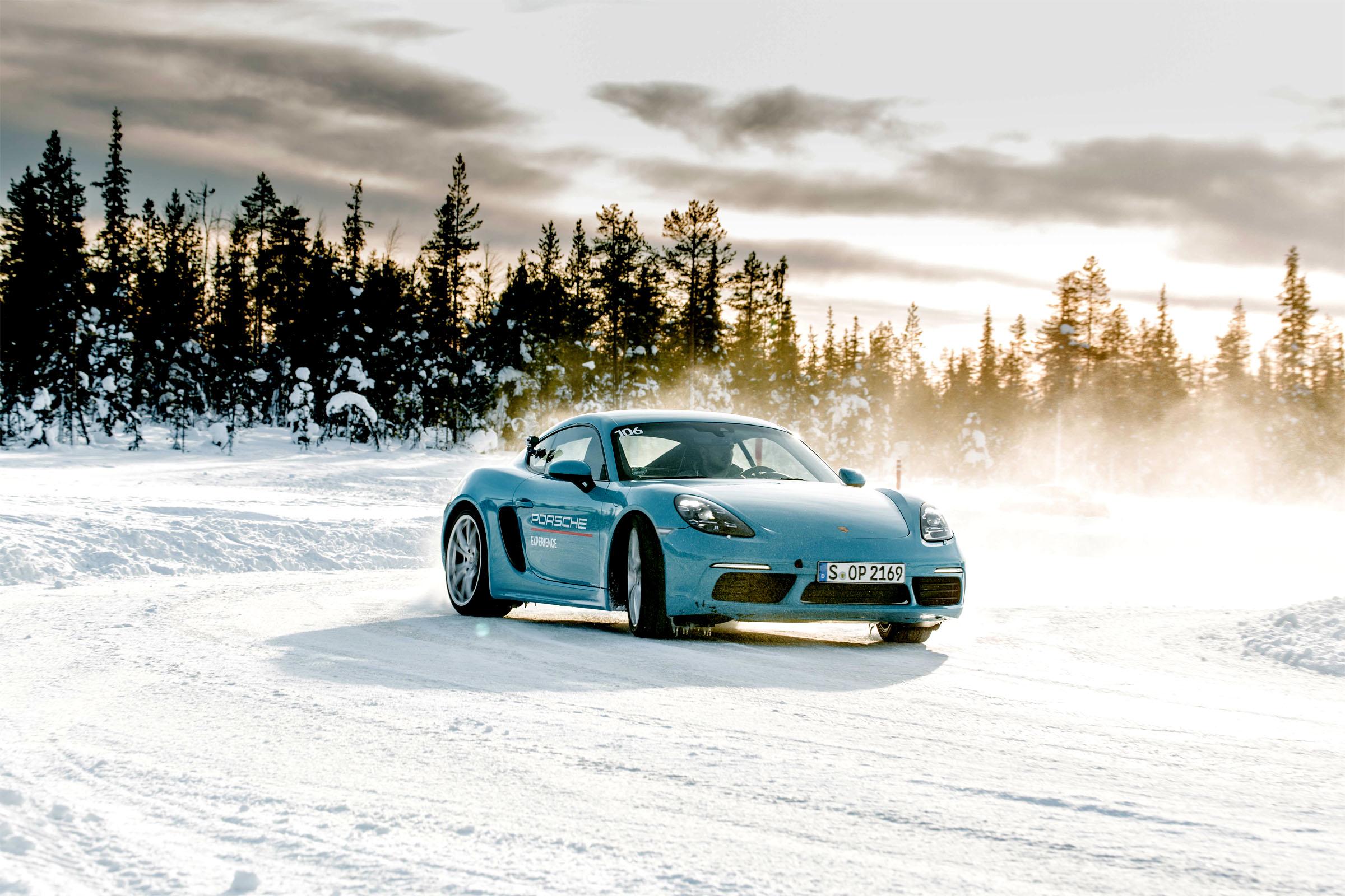 Porsche 718 Cayman S Drift