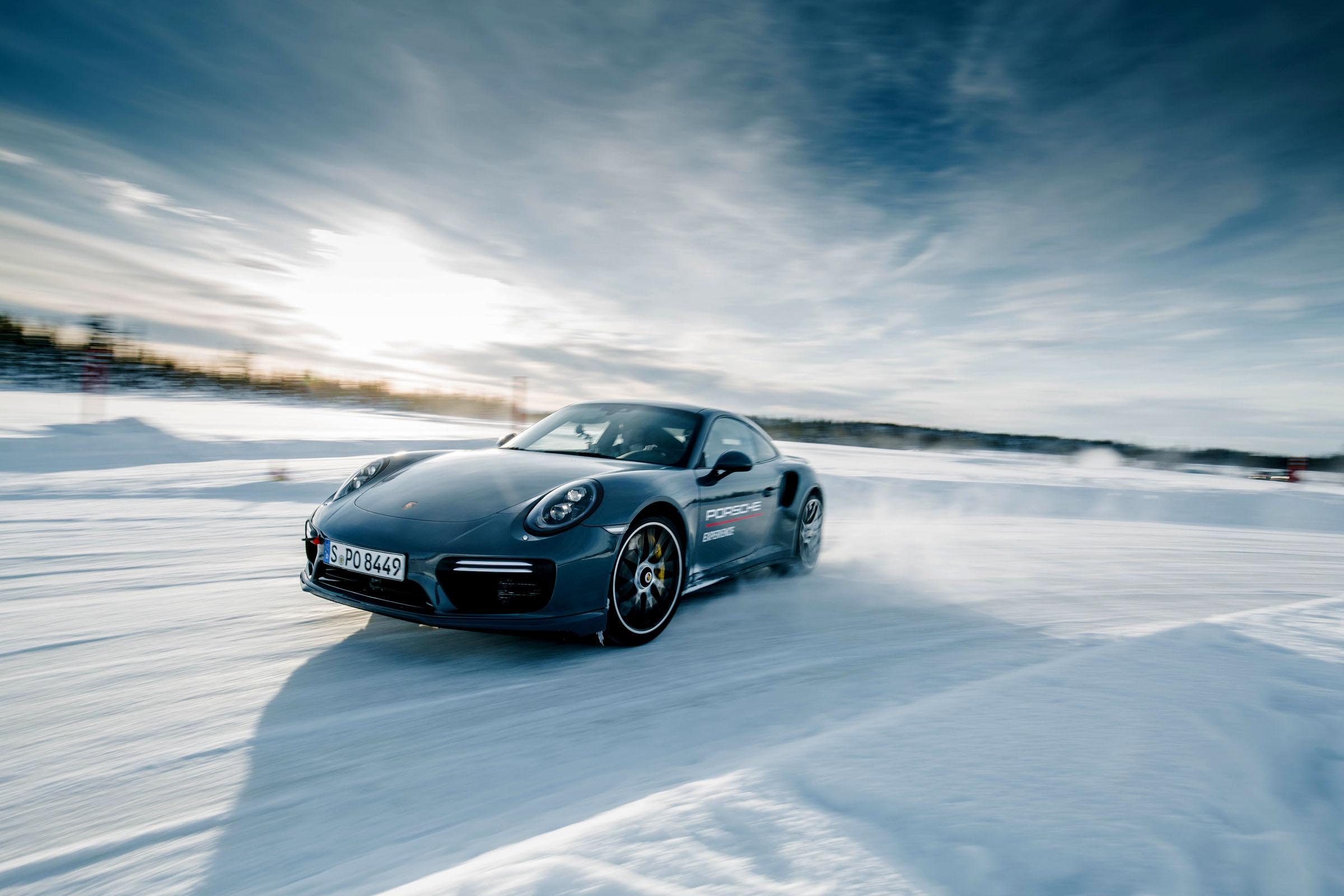 Porsche Ice Experience 2018 eine Hommage an 30 Jahre Allrad