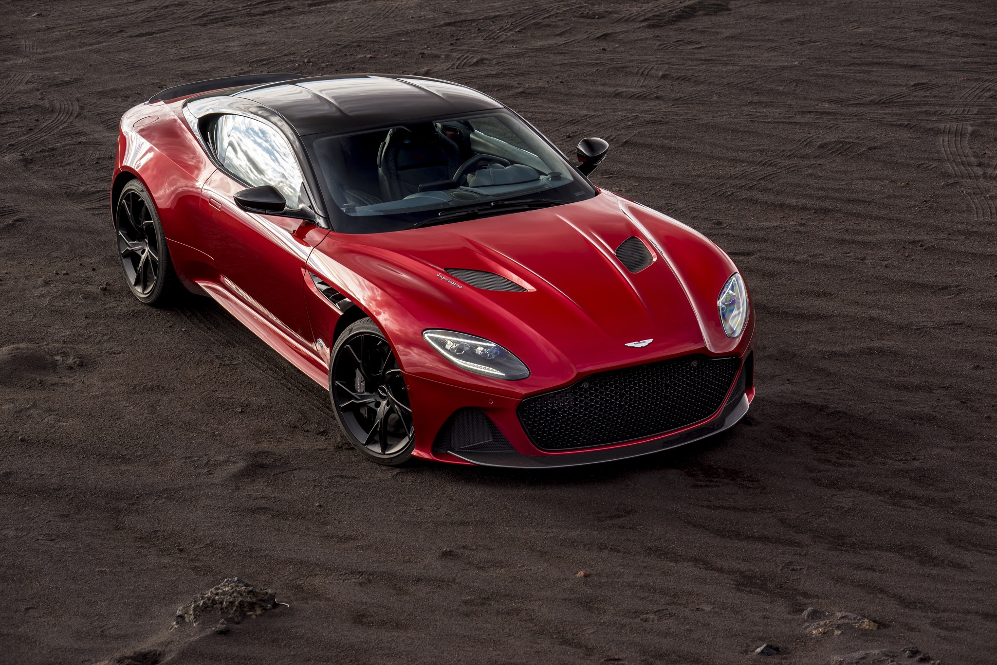 725 ps aus england: der aston martin dbs superleggera