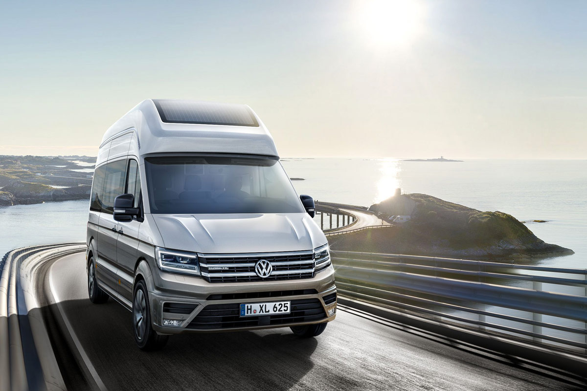 VW California XXL: Wohnmobil-Studie auf VW Crafter Basis