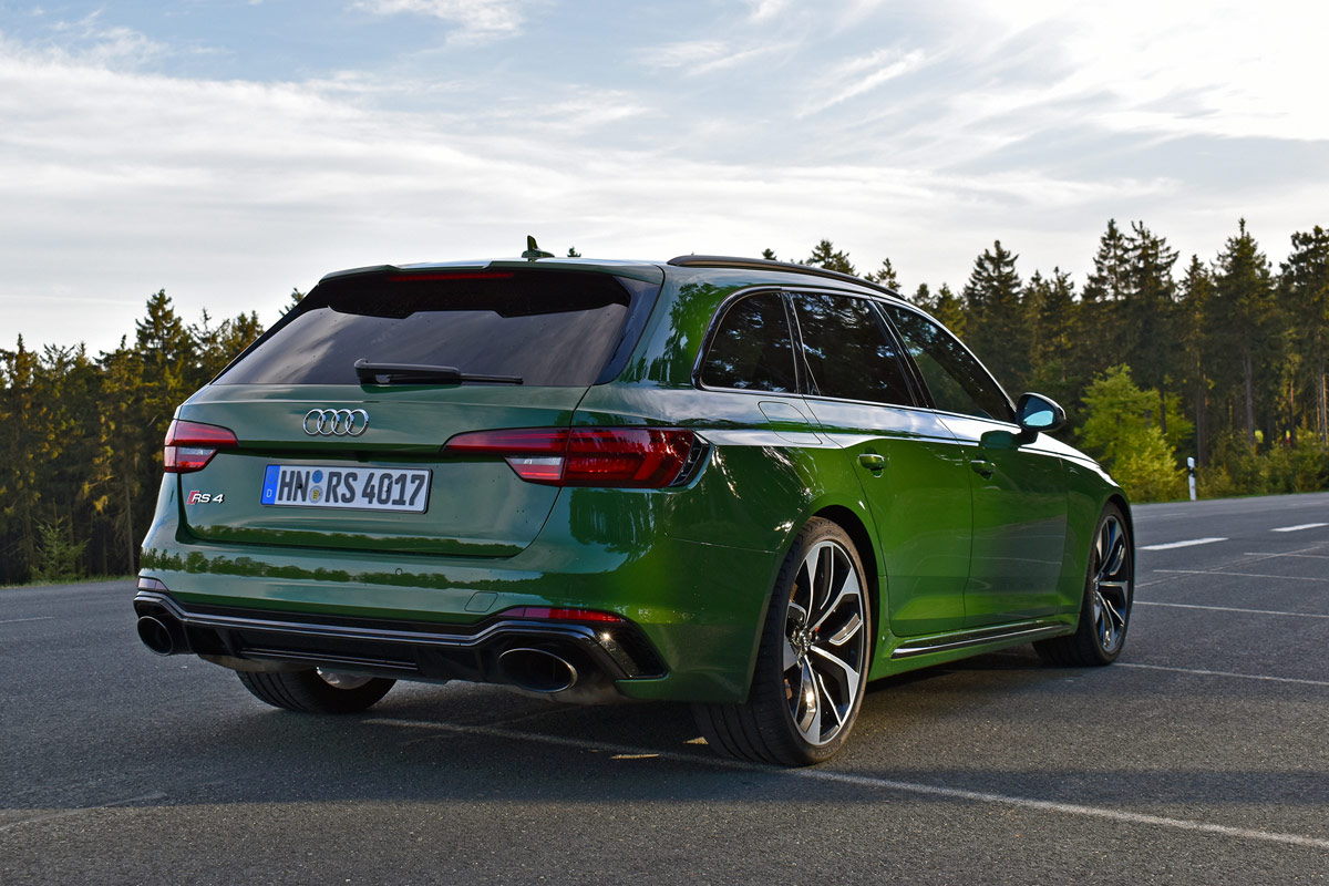 Audi Rs Avant Test on Audi A4 Power