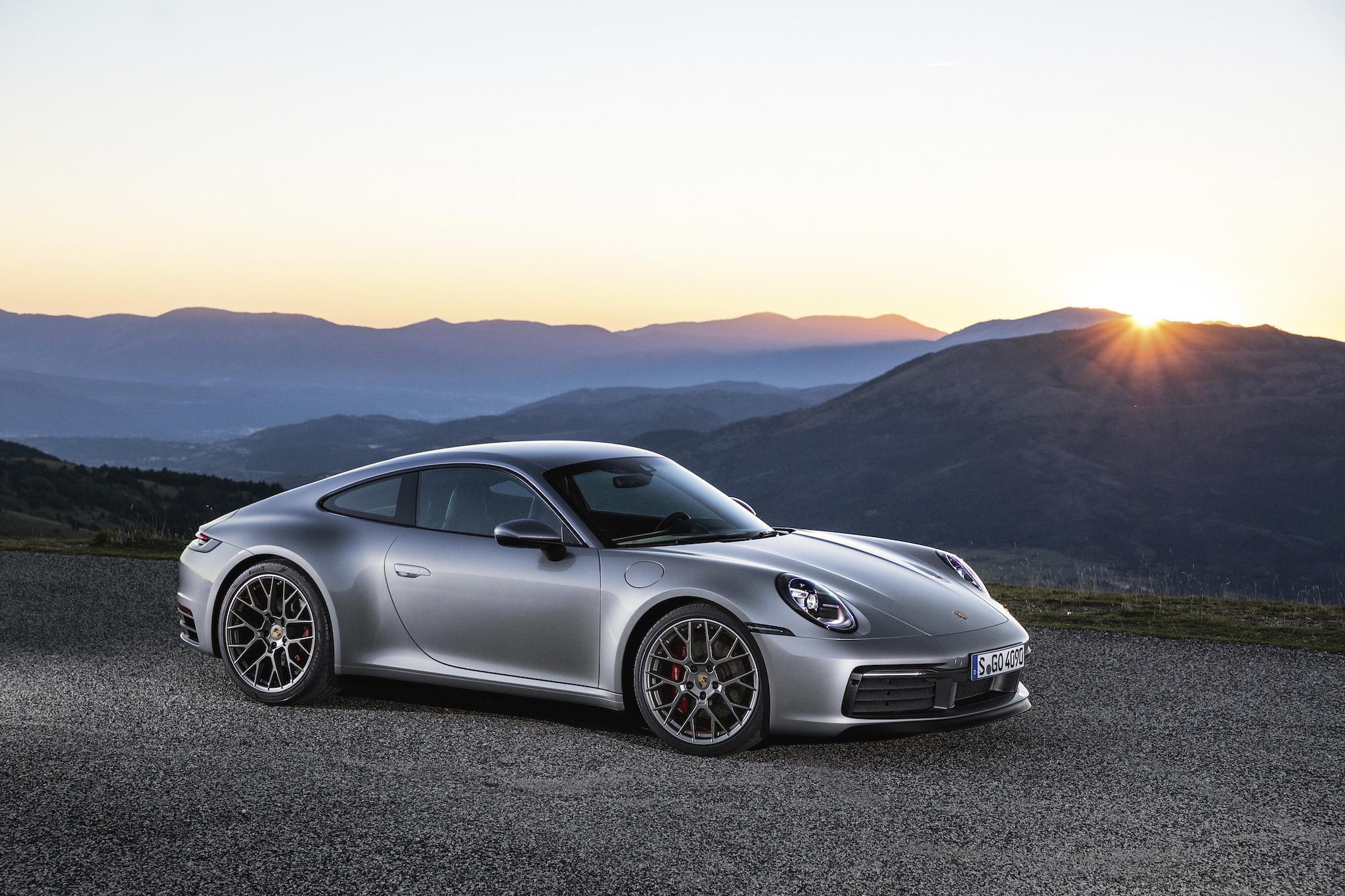Urbi et Orbi: Der neue Porsche 911 der Generation 992!
