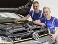VW-Golf-GTI-Dark-Shine-(10)