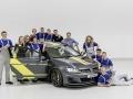 VW-Golf-GTI-Dark-Shine-(4)