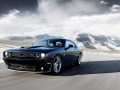 2015-Dodge-Challenger-SRT-14