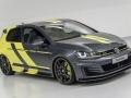 VW-Golf-GTI-Dark-Shine-(13)